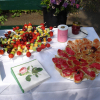 Tisch Blumen Speisen